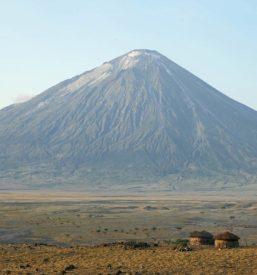Mt-Oldonyo-Lengai-tanzania