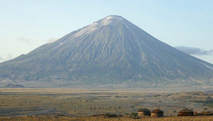 Mt-Oldonyo-Lengai-1-1200